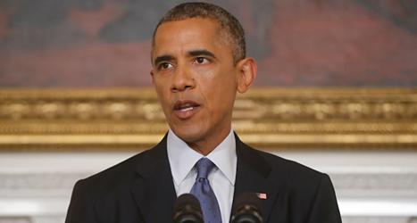USAs president Barack Obama har sagt åt militärerna att de får bomba rebellerna i Irak. Foto: AP /Charles Dharapak /TT