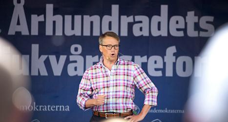 Kristdemokraternas ledare Göran Hägglund håller tal i Ullared. Foto: Björn Larsson Rosvall /TT