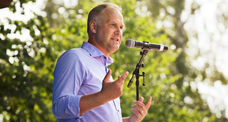 Vänsterpartiets ledare Jonas Sjöstedt pratade i Umeå. Foto: TT