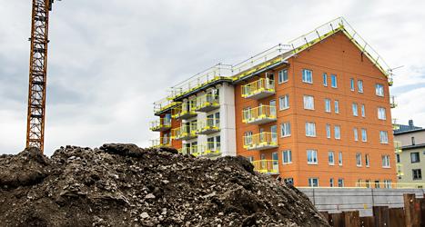 Socialdemokraterna har lovat att bygga flera tusen nya hus med lägenheter. Foto: TT