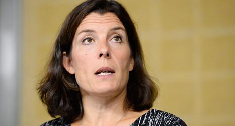 Karin Enström är Sveriges försvarsminister. Foto: Maja Suslin/TT.