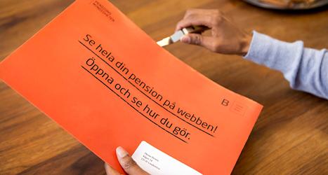 Varje år kommer ett brev där det står hur mycket pengar du kommer att få i pension. Foto: TT