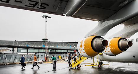 Ett flygplan på Bromma flygplats i Stockholm. Foto: Tomas Oneborg/TT.