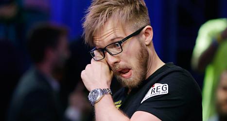 Martin Jacobsson från Sverige är världens bästa pokerspelare. Foto: AP/TT.