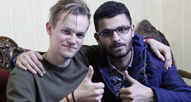 Joakim Medin och hans kompis Sabri Omar