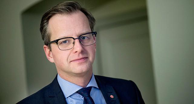 Sverige saljer fler och vapen till diktaturer