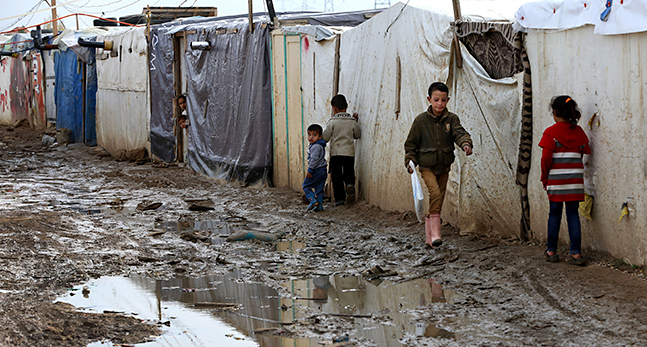 Mideast Lebanon Syria Food Refugees