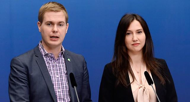 Utbildningsminister Gustav Fridolin och gymnasieminister Aida Hadzialic