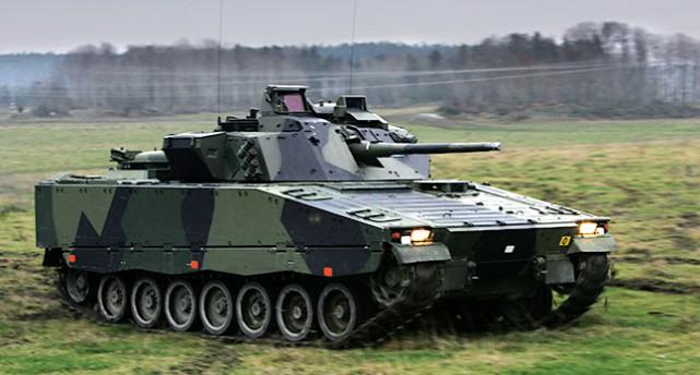 Pansarvagnar ett vapen som Sverige säljer.