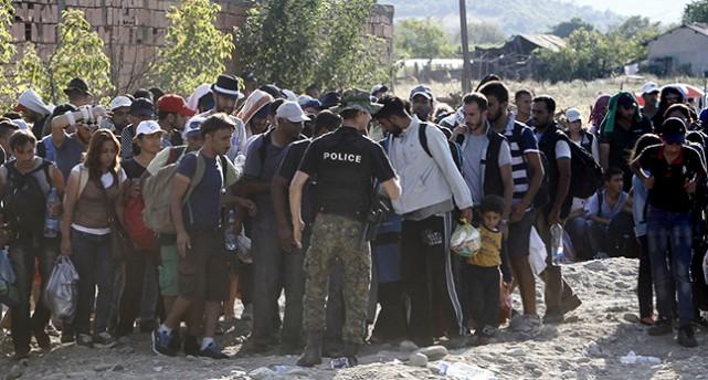 Flyktingar vid Makedoniens gräns.