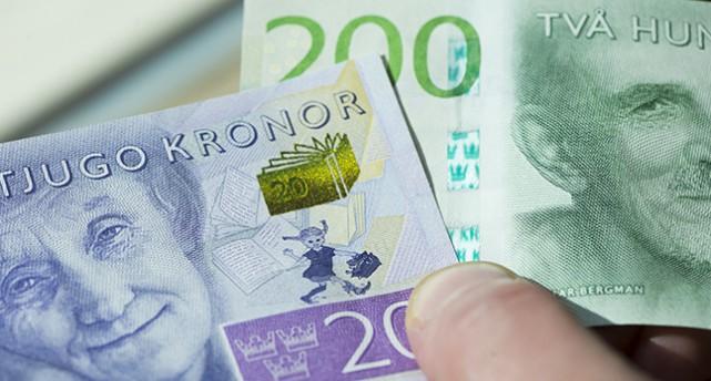 Nya 20-kronors och 200-kronorssedlar.