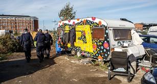En husvagn i lägret.