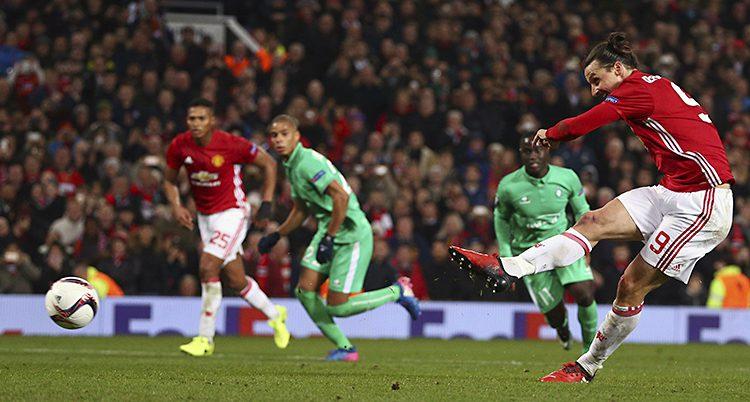 Zlatan på plan med sitt lag Manchester United.