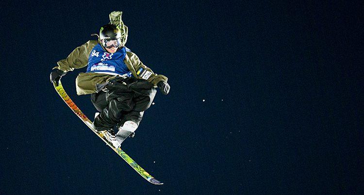 Henrik Harlaut hoppar