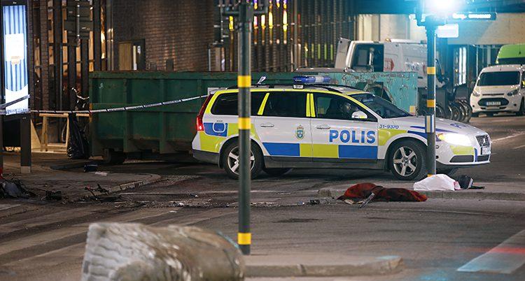 En polisbil på Drotninggatan