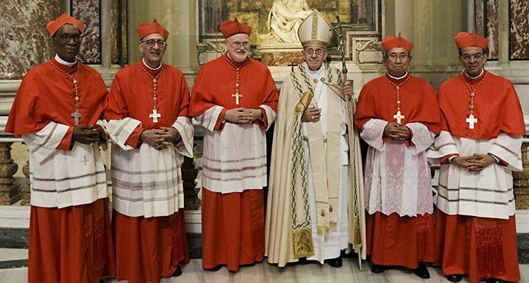 Påven och fyra nya kardinaler