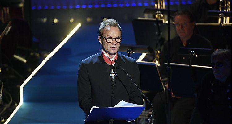 Sting håller tal på Polarprisgalan.