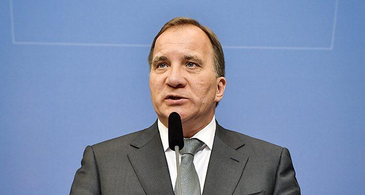 Stefan Löfven i talarstolen.