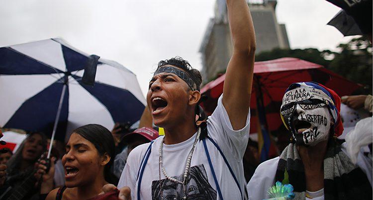 Människor protesterar