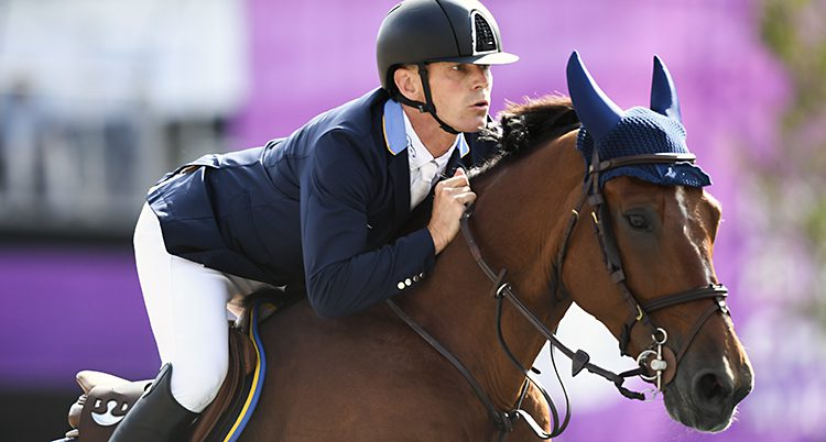 PPeder Fredricson på sin häst