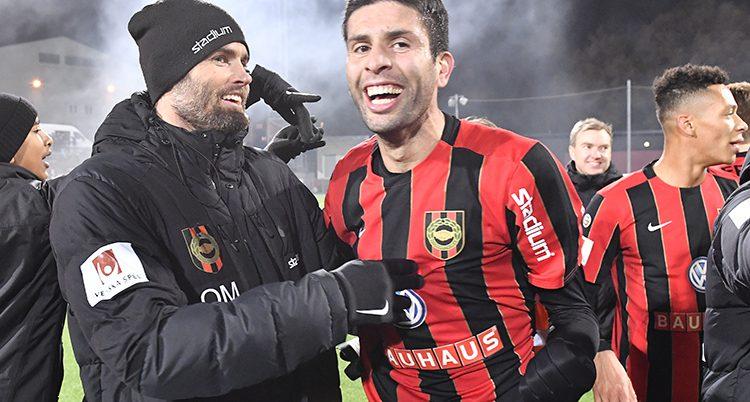 BPs spelare firar segern över Dalkurd