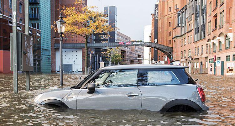 Vattnet har svämmat över i Hamburg