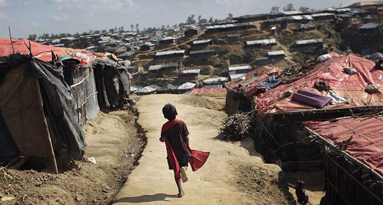 Ett läger får flyktingar i Bangladesh
