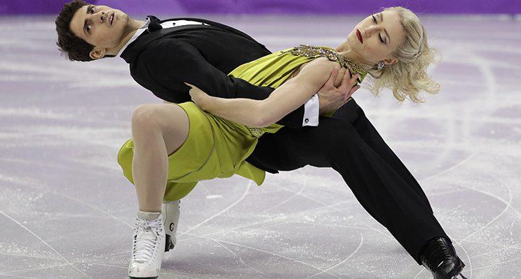 Två konståkare i OS