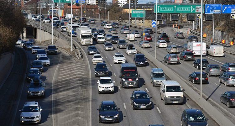 Många kör bil i påsk.