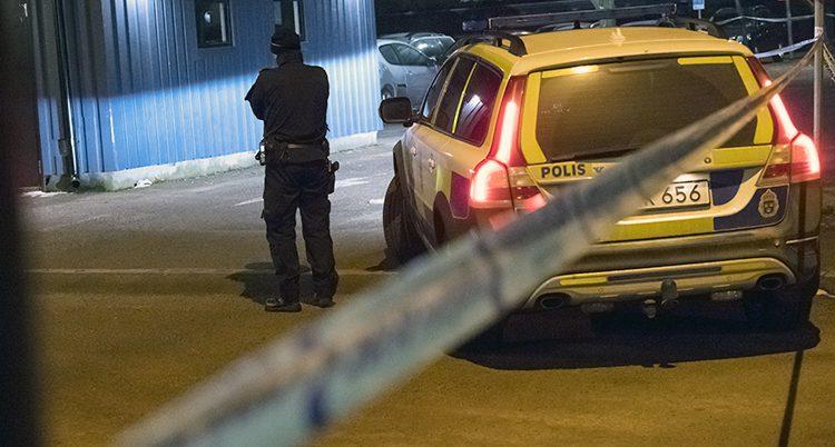 Poliser på plats efter bråket