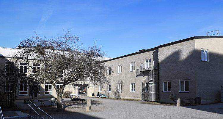 Den muslimska friskolan Al-Azharskolan i Vällingby.