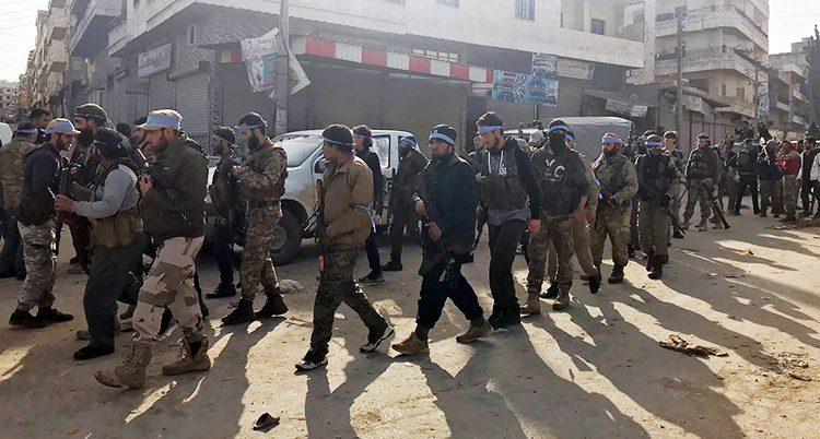 Soldater i staden Afrin
