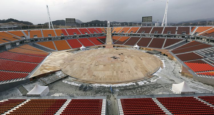 Nu ska flera av OS-arenorna rivas