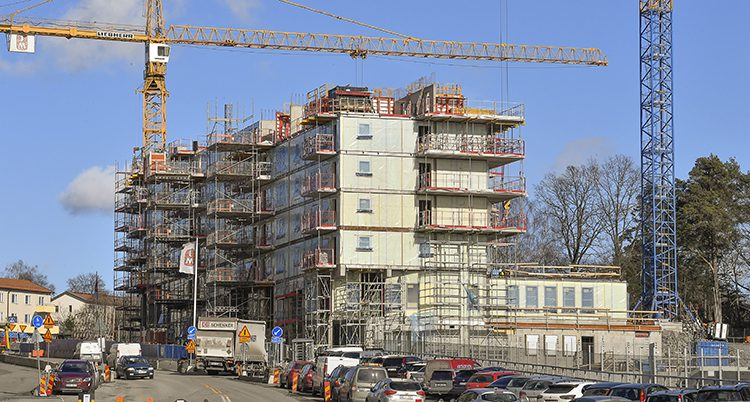 Ett hus byggs i Stockholm