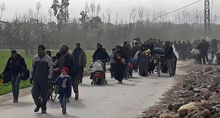 Människor på flykt från Ghouta