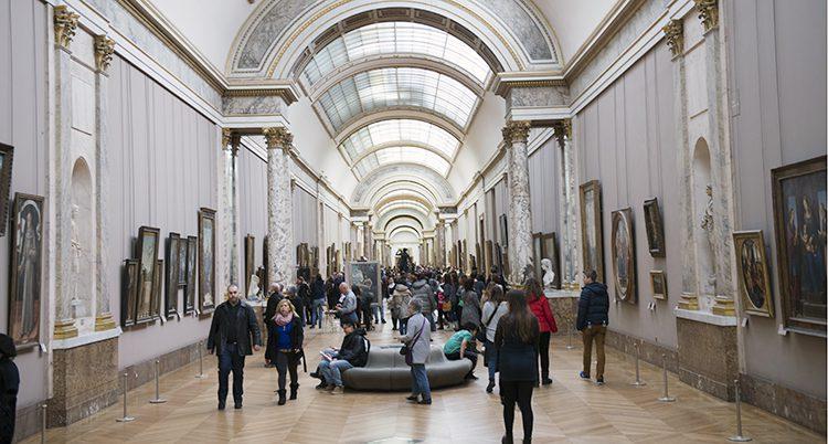Museet Louvren i Paris.