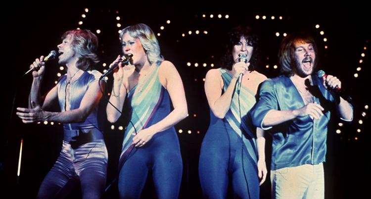 Gruppen ABBA under ett upptr‰dande.
