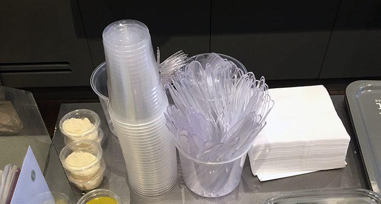 plastsaker