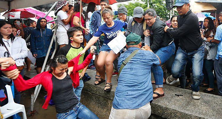 Människor protester i landet Filippinerna