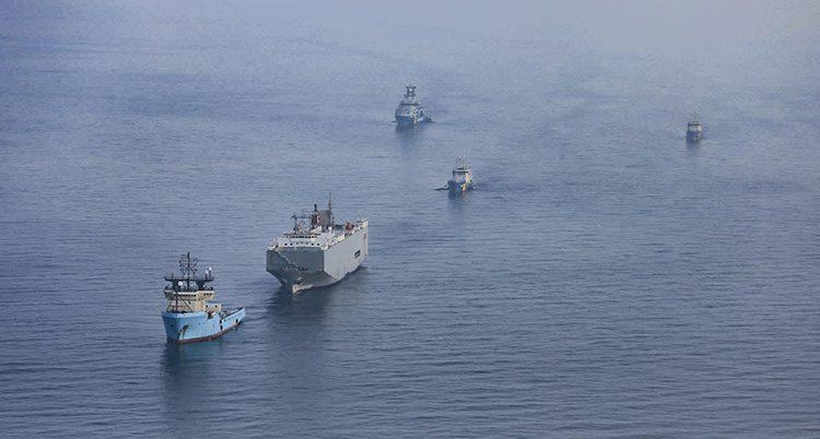 En båt på Östersjön blir flyttad av en annan båt.