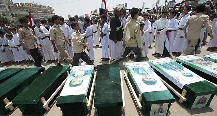 Folk ska begravas efter en attack