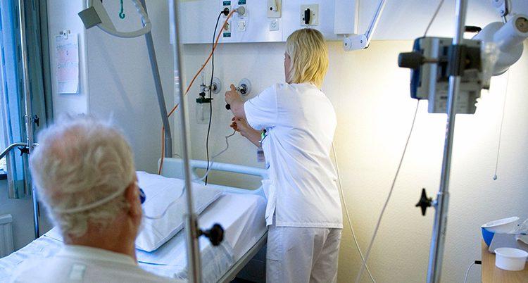 En sköterska på ett sjukhus.