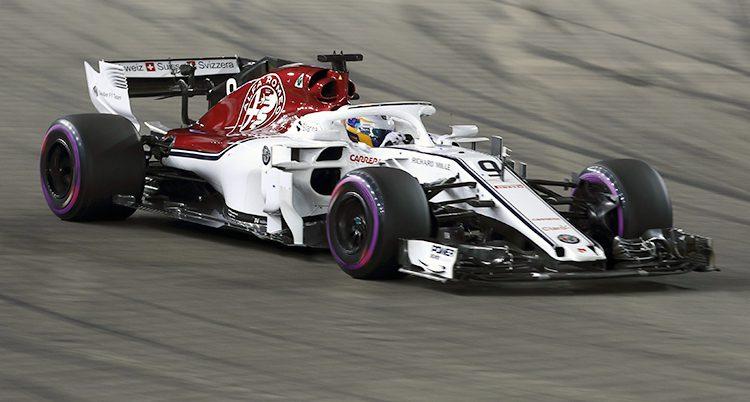 Marcus Ericsson i sin bil