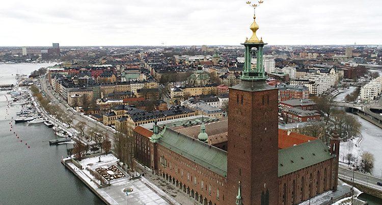 Stockholm får betala mer.