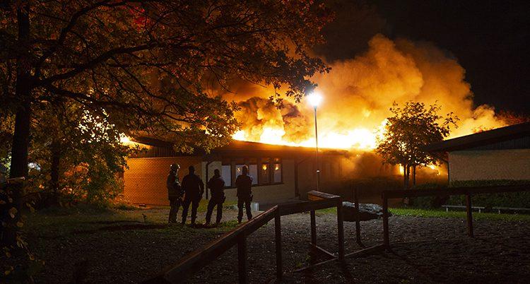 Gottsundaskolan brinner