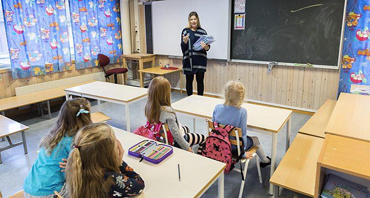 Ett klassrum i en skola i Norge.