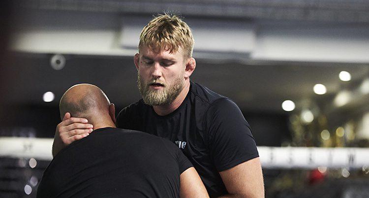 Alexander Gustafsson tränar