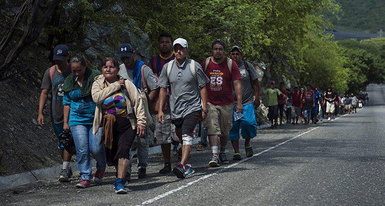 Folk från Honduras på väg mot USA
