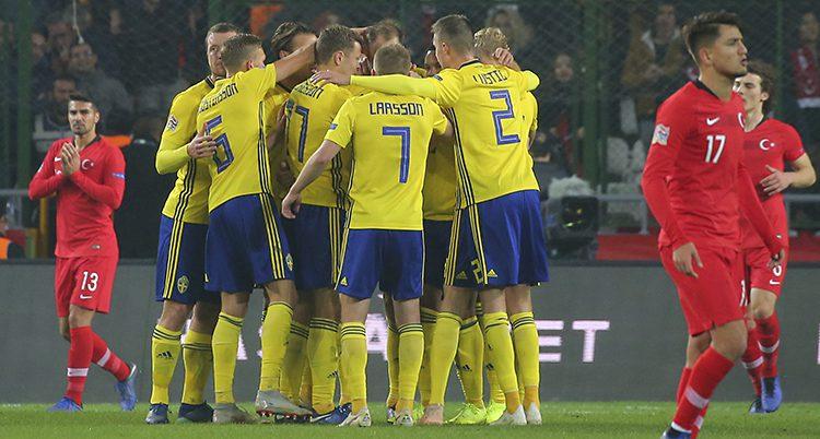 Sverige firar 1-0 mot Turkiet