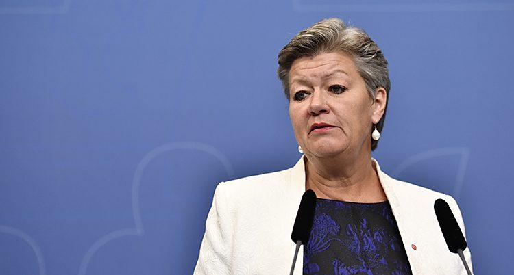 Ylva Johansson är arbetsmarknadsminister.